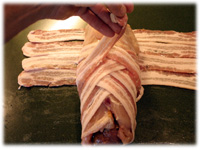 how to wrap chicken with bacon