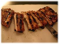 slicing bbq pork ribs
