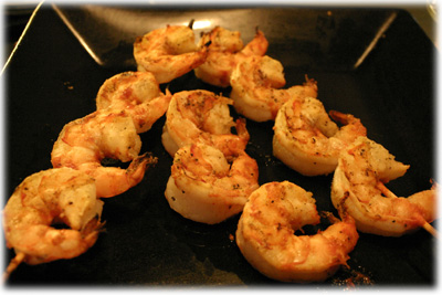 buffalo style grilled shrimp skewers
