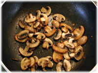 sautee mushrooms for pizza
