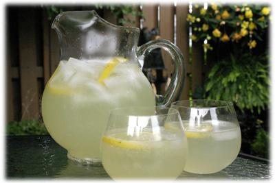 how to make fresh squeezed homemade lemonade recipe