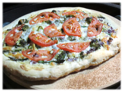 vegetable pizza on the grill