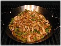 onion green pepper paella pan